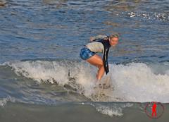 DSC_0174 (Ron Z Photography) Tags: vansusopenofsurfing vans us open surfing surf surfer surfergirl ronzphotography usopen usopenofsurfing surfsup