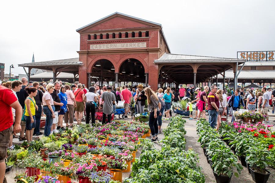 Khu chợ ngoài trời hoạt động lâu đời nhất ở Mỹ