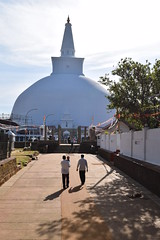 Ruvanvelisaya Dagoba, Anuradhapura (nickdippie) Tags: srilanka buddhism anuradapura temple dagoba ceremony buddhistceremony ruvanvelisaya travel