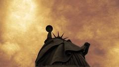 Liberty ! (alestaleiro) Tags: vivid photoshop liberty statueofliberty estatuadelalibertad havan ny libertad freedom symbol smbolo silueta silouhette alestaleiro wtmy