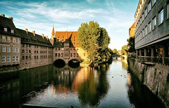 Postcards From My Heart (Steve Lundqvist) Tags: land landscape world travel journey sunset norimberga germany germania deutschland water bridge river ducks architecture open reflection nrnberg nrenber bavaria baviera franconia pegnitz nuremberg