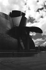 40310023 copy.jpg B&W (leilawenban) Tags: 35mmfilm 35mm filmphotography olympus filmisnotdead analog filmpictures blackandwhite bilbao guggenheim spain art artmuseum
