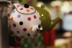 the pot I wish I got.... (s@ssyl@ssy) Tags: teapot potbelly spotted polkadots tea stratford shop store shouldaboughtit ontario