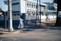 Saigon 1969 - góc Alexandre de Rhodes - Pasteur, Trụ sở Bộ Ngoại giao VNCH (manhhai) Tags: 1969 vietnam saigon tray62