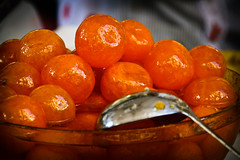 Sant Pon. Un dia dol (Plakas) Tags: barcelona catalunya naranja plakas almbar firadesantpon pilarcpla naranjasconfitadas