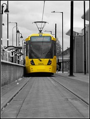 Manchester Metrolink Tram (davekpcv) Tags: new yellow canon manchester raw tram stop coche times metrolink tiff selectivecolour manchestermetrolink