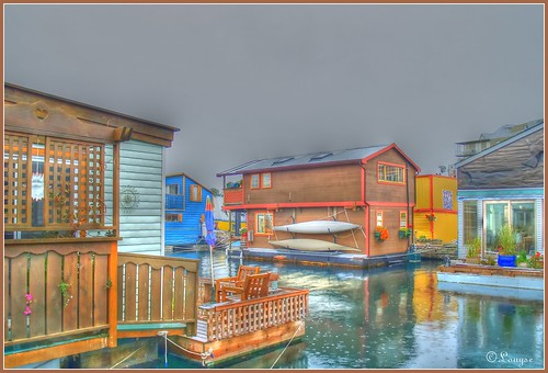 village flottant / floating village
