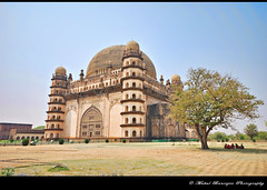 Gol Gumbaz -5, Bijapur, Karnataka (Mukul Banerjee (www.mukulbanerjee.com)) Tags: world light india heritage history classic tourism archaeology monument beautiful architecture photography photo ancient nikon asia arch pics indian south muslim islam traditional tomb wide mahal arches mosque tourist retro worldheritagesite photographs empire burial historical tradition dslr karnataka masjid wonders emperor medival bharat islamic worldheritage southindia southasia adilshah 1541 d60 sigma1020mm northkarnataka historicindia bijapur wondersoftheworld golgumbaz banerjee historicalindia nikond60 indianheritage ibrahimrauza hindusthan earthasia medivalindia bymukulbanerjee mukulbanerjee mukulbanerjee  mukulbanerjeephotography mukulbanerjeephotography wwwmukulbanerjeecom wwwmukulbanerjeecom