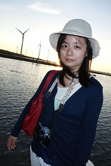 高美濕地 (In the snap) Tags: sunset coast sony taichung wetland 2012 風車 高美濕地 rx100 lingwen