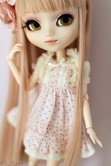 Dottie  (. Paillette .) Tags: pink rose canon 50mm melody pullip mm poring mymelody