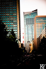 Tokyo Tower peeping through the buildings (ZKent.Yousif) Tags: chiyodaku tkyto japan jp  chku  minatoku canon sigma sigma1750mm 50mm streetphotography street building architecture