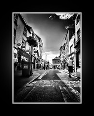 Ennis 'Fleadh' 2016 (frankhimself) Tags: noiretblanc holidays daylight ireland coclare summer fleadh ennis crowds tourists strangers people photography street