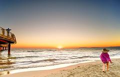 Strolling (Luca Cesari) Tags: passeggiata strolling mare sea summer estate tramonto sunset lidodicamaiore versilia toscana tuscany leica wate sony sonya7rii