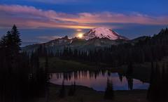 Moonset at Mt Rainier (Mt Rainier NP, WA) (Sveta Imnadze. (Will be away for a while. Have ver) Tags: nature nightphotography themoon moonset tipsoolake mtrainier mtrainiernp wa