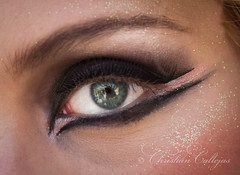 Make up (Christian Callejas) Tags: verde eye make up canon ojo reflejo lineas inma maquillaje nataly 60d