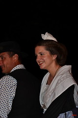 Pegoulado_2012_DSC_3951 (amcadweb) Tags: france paca fête arles mireille 2012 défilé arlesienne gardian reinedarles pegoulado roundelet mistralenco