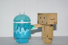 Blue Droid meets Danbo (Stephen_Holt) Tags: blue white background handshake meet android danbo sonay danboard a2oo