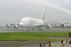 Emirates - A6-EDL - First Emirates A380 into London Gatwick (Andrew_Simpson) Tags: uae apron emirates airbus a380 ek gatwick 380 lgw gatwickairport londongatwick airside 6712 egkk 380800 londongatwickairport a380800 fwwag a6edl 672012