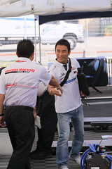 Takuma Sato on Free Friday at the Honda Indy Toronto (HondaIndyToronto) Tags: toronto ontario canada smile honda indy driver handshake indycar takumasato izod freefriday exhibitionplace streetsoftoronto johnsteadman rahallettermanlaniganracing