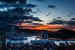 Taiwan_Keelung Harbor_______Sunset__IMG_4591 (Len) Tags: sunset sky cloud taiwan    gettyimages keelung    blackcard     50d explored keelungharbor   ef24mmf14liiusm 24lii  coscostar