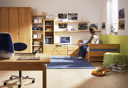 Big-Room-For-Boys-Room-With-Simple-Racks-And-Wood-Wardrobe-Study-Desk-By-Team-7