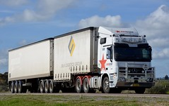 Red Star (quarterdeck888) Tags: trucks truckies transport australianroadtransport roadtransport lorry primemover bigrig overtheroad class8 heavyvehicle highway road truckphotos nikon d7100 movingtrucks jerilderietrucks jerilderietruckphotos quarterdeck frosty expressfreight generalfreight logistics overnightfreight highwayphotos semitrailer semis semi flickr flickrphotos redstar mercedesbenz benz dryfreightvan bdouble