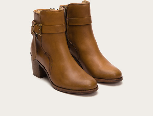 "Frye Malorie Knotted Short boot tan • <a style=""font-size:0.8em;"" href=""http://www.flickr.com/photos/65413117@N03/28605939193/"" target=""_blank"">View on Flickr</a>"