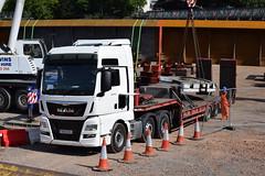 MAN TGX XXL Low Loader Truck OE16 EEU (5asideHero) Tags: man tgx xxl 26480 low loader oe16 eeu