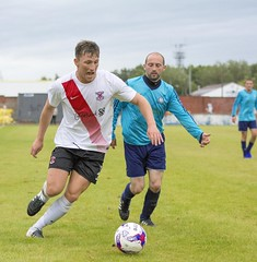 Alan Frizzell gets to the bye-line (Stevie Doogan) Tags: clydebank glasgow perthshire exsel group sectional league cup wednesday 10th august 2016 holm park