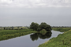 The River Tone (me'nthedogs) Tags: river tone somerset levels knappbridge calm reflections