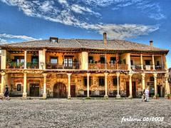 Pedraza (Segovia) 3_casa medieval (ferlomu) Tags: casa ferlomu hdr pedraza plaza segovia