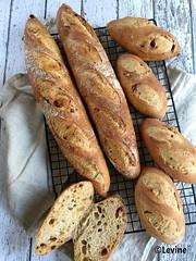 Brood met tomaten en rozemarijn (Levine1957) Tags: brood bread food