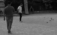Saint Paul de Vence (042) (Pier Romano) Tags: saint paul vence saintpauldevence francia france gioco bocce bowls boules old town bnw biancoenero blackandwhite monocromo paese antico historical