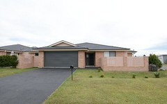 2/2 Flagtail Avenue, Old Bar NSW