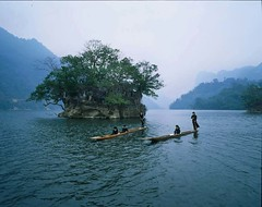 ho-ba-be-bac-kan.alt (hanoitouronline) Tags: halongbaytours traveltohanoi bookflightticket sapatrekkingtours booktrainticket hanoitoursinformation halongbayonalovacruises ninhbinhecotours hanoionedaytours halongbayonedaytours vietnamhoneymoontours hanoigolftours hanoivillagestours rentthecars