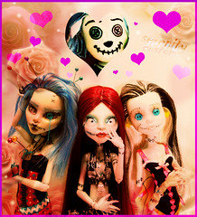 LOVE ME DEAD (serenity jenny) Tags: christmas cute eye face up fashion monster dark skeleton jack happy skull tim high eyes doll dolls sad handmade ooak gothic goth before dude clothes sally button stitches bones bone nightmare custom hoo mh voodoo burton ghoul skellington repaint faceup yelps ghoulia hoodude ragdollebony
