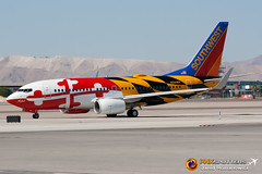Southwest B737-7H4 N214WN KLAS (Freightdog Photography - Jared Romanowicz) Tags: las vegas southwest canon airplane eos rebel one flying is aircraft aviation flight jet maryland special nv boeing xs airlines scheme klas 737 737700 7377h4 n214wn 55250
