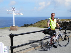 "LEJoG Start <a style=""margin-left:10px; font-size:0.8em;"" href=""http://www.flickr.com/photos/37433494@N00/7546557160/"" target=""_blank"">@flickr</a>"