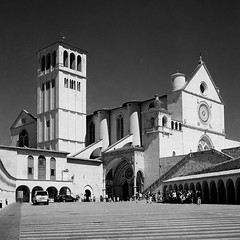 Assisi (Marco Moricciani) Tags: white black 120 film canon san kodak scanner g 11 unesco iso mat 124 r pace 100 della perugia bianco yashica nero assisi umbria francesco citt xtol efke canonscan selfdevelop vuescan 9000f