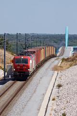 Contentores pela Variante (Nohab0100) Tags: train siemens cp comboio alcácer 4700 contentores variante cpcarga