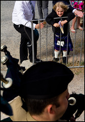 kid and bagpipes (carpe shot) Tags: street wedding kid kilt child joy streetphotography happiness bagpipes tartan sangalgano