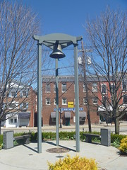 Sussex County War Memorial Bell, April 17,2016 (rustyrust1996) Tags: sussexcounty newton newjersey newtongreen warmemorial bell courthouse