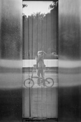 reflect yourself (stefanfricke) Tags: selfie reflection dsseldorf rwi sony ilce6000 a6000 blackwhite bicycle bike