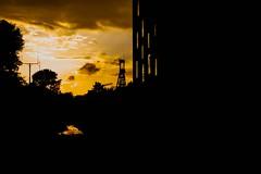 Der zweite Frderturm der Zeche Zollverein und rechts vom Bild das SANAA-Gebude der Folkwang Universitt der Knste. Aufgenommen am 25.06.2016 (Vitalis Fotopage) Tags: essen nordrheinwestfalen deutschland frderturm zeche zollverein sanaagebude der folkwang universitt knste lowlight low light sonnenuntergang sun ruhrpott ruhrgebiet