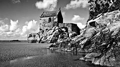 Vieilles pierres (Lucien Vatynan) Tags: sea mer white black beach saint stone noir pierre olympus normandie michel normandy mont plage blanc chapelle manche epl1 mygearandme mygearandmepremium mygearandmebronze