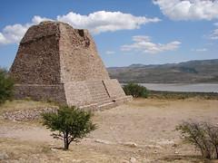 Pirámide Votiva (rita_vazquez) Tags: zacatecas sitioarqueológicodelaquemada