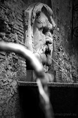 "Giardino degli Aranci, fontana • <a style=""font-size:0.8em;"" href=""http://www.flickr.com/photos/89679026@N00/7150080215/"" target=""_blank"">View on Flickr</a>"