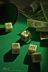 green bet (Jordi Pay Canals) Tags: dice money game green canon paper jack eos j is play random euro ace ivory ring diamond fortune poker luck cube 100 usm win bucks bet emerald efs gem loose jewel  450d 1585mm