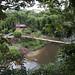 In Puyo una passerella mi conduce ad un sentiero che costeggia il fiume omonimo