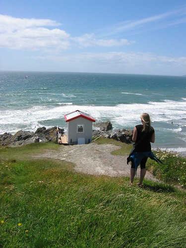 Whitsand Bay, Lifeguard Lookout hut